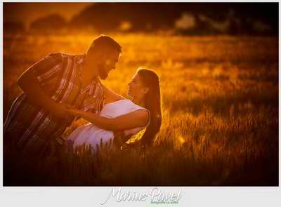 Foto cuplu romantice in grau