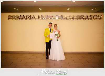 Professional wedding photographer Brasov