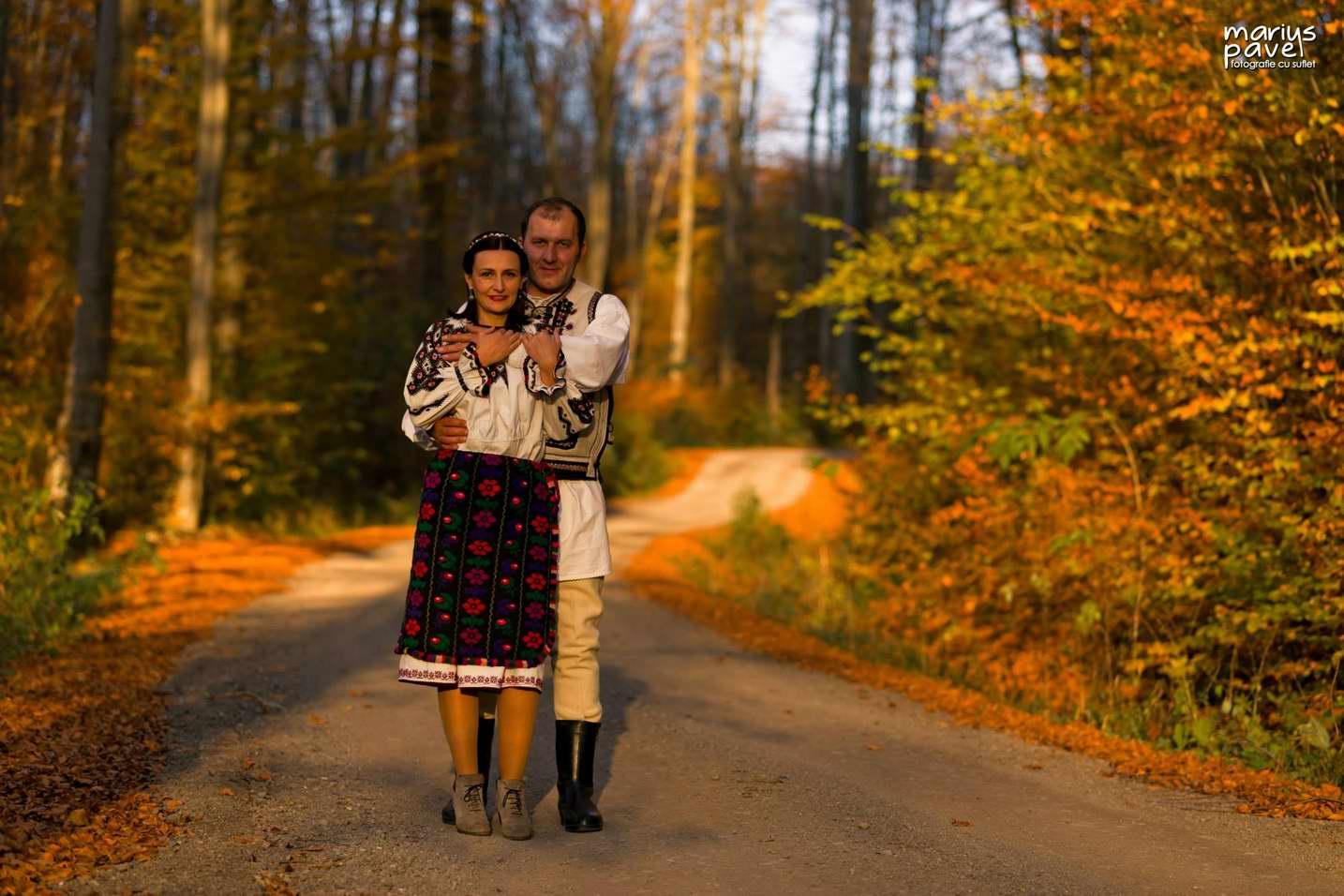 Fotografii miri costum popular Brasov