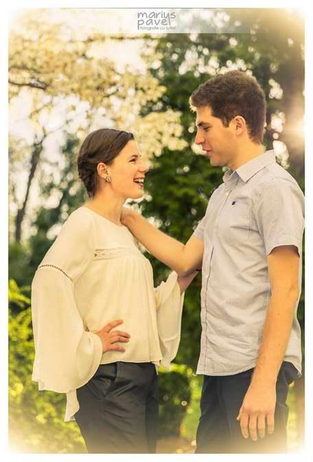 Fotografii de logodna - inainte d enunta in Brasov.