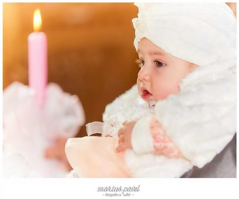 Fotografiile botezului Brasov - fotograf profesionist copii