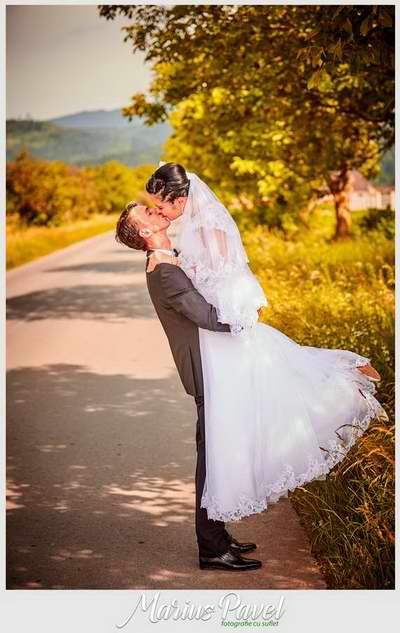 Trash the dress in grau Brasov